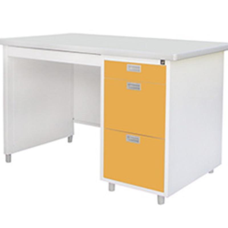 โต๊ะทำงานเหล็ก Luckyworld รุ่น DL-40-3